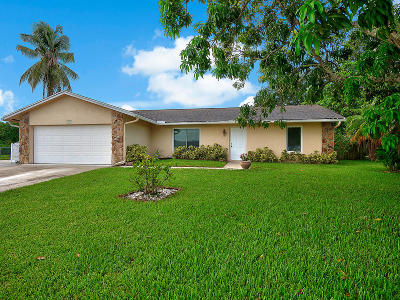 Royal Palm Beach Single Family Home Contingent: 104 Almeria Street