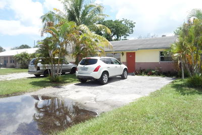 Jupiter Multi Family Home For Sale: 704 Northview Drive