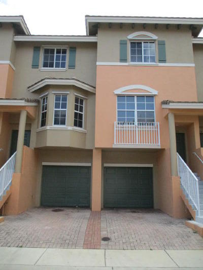 Boynton Beach Townhouse For Sale: 1818 NE 5th Street #1406