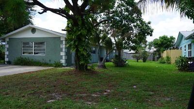 Stuart Multi Family Home For Sale: 3371 SE Fairmont Street