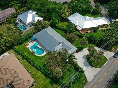 Stuart Single Family Home For Sale: 2285 SE Saint Lucie Boulevard