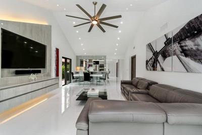 Boca Raton Single Family Home For Sale: 21481 Cypress Hammock Drive #31b