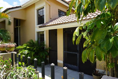 Palm Beach Gardens Townhouse For Sale: 362 Prestwick Circle #2