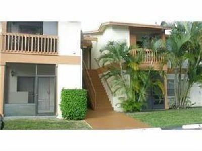 West Palm Beach Condo For Sale: 1814 Abbey Road #104
