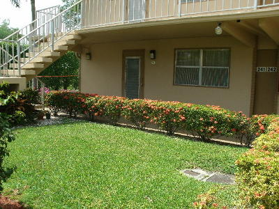 Delray Beach Condo For Sale: 241 Flanders F #F