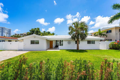 Pompano Beach Single Family Home For Sale: 3220 SE 12th Street