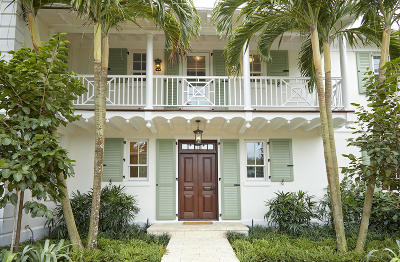 Palm Beach Single Family Home For Sale: 202 Onondaga Avenue