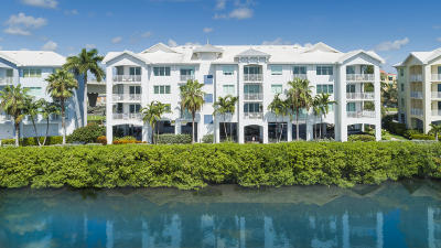 Martin County, St. Lucie County Condo For Sale: 715 NW Flagler Avenue #303