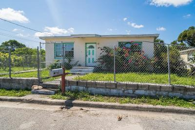 Broward County, Palm Beach County Single Family Home For Auction: 1075 W 30th Street