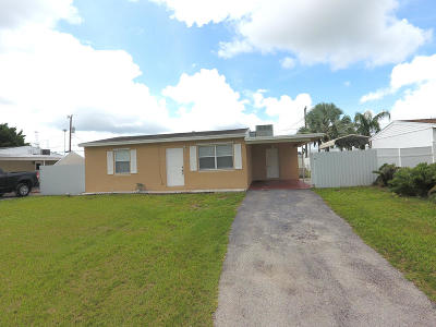 Lake Worth Single Family Home For Sale: 2923 Buckley Avenue