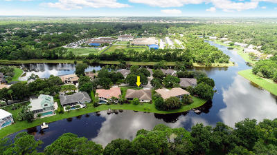 Jupiter Single Family Home For Sale: 18444 Lostlake Way