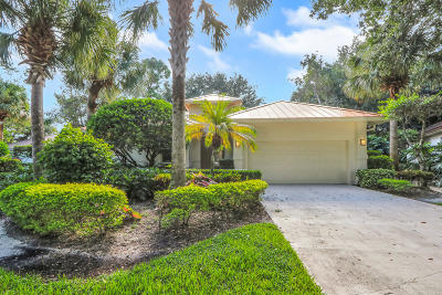 Jupiter Single Family Home For Sale: 106 Toteka Circle