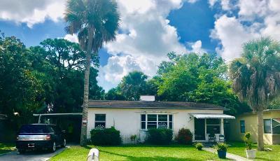 Fort Pierce Single Family Home For Sale: 1010 Mayflower Road