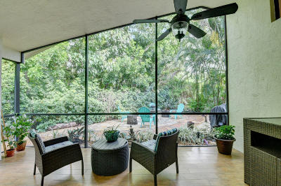 Delray Beach Single Family Home For Sale: 292 Sherwood Forest Drive