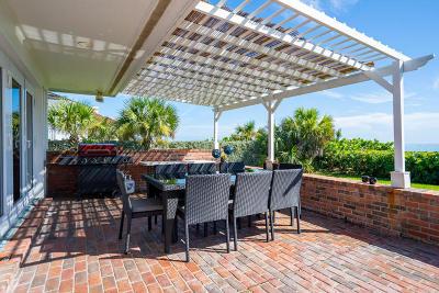 Vero Beach Single Family Home For Sale: 166 Ocean Way Way