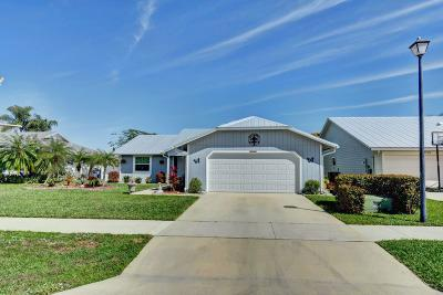 Stuart Single Family Home For Sale: 6699 SE Silverbell Avenue