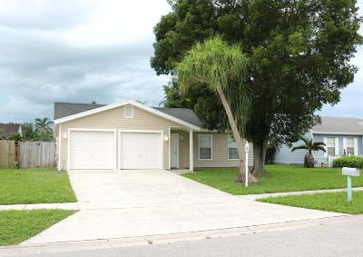 Lake Worth Single Family Home For Sale: 7902 Burlwood Lane