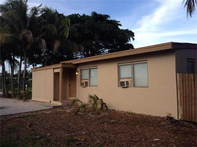 Lake Worth Single Family Home For Sale: 3990 Seacrest Boulevard