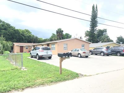 West Palm Beach Multi Family Home For Sale: 4585 Cole Street