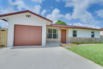 Lake Worth Single Family Home For Sale: 4588 Dolphin Drive