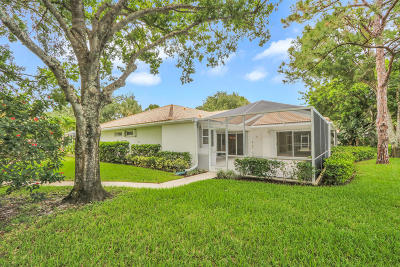 Palm Beach Gardens Townhouse Pending: 1003 Silverleaf Oak Court
