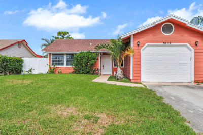 West Palm Beach Single Family Home For Sale: 5208 El Claro Circle
