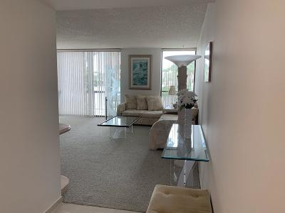 Boca Raton Condo For Sale: 607 Bridgewood Drive