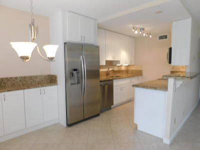 Boca Raton Condo For Sale: 1002 Exeter A #1002