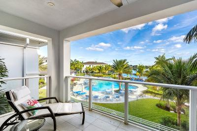 North Palm Beach Townhouse For Sale: 113 Water Club Court S
