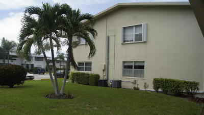 West Palm Beach Condo For Sale: 125 Salisbury F