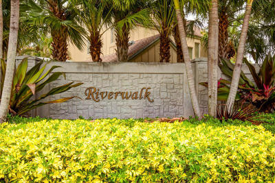 Jupiter Townhouse For Sale: 6375 Riverwalk Lane #5