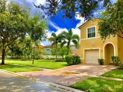 West Palm Beach Single Family Home For Sale: 4460 Lake Lucerne Circle