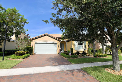 Royal Palm Beach Single Family Home For Sale: 2207 Arterra Court