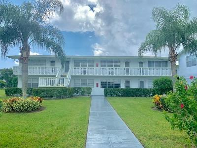 West Palm Beach Condo For Sale: 422 Windsor R
