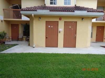 Broward County Condo For Sale: 7610 Westwood Drive #113