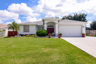 Port Saint Lucie Single Family Home For Sale: 1907 SW Sunglow Street