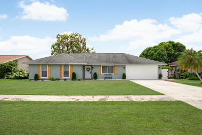 Wellington Single Family Home For Sale: 11713 Inverness Circle