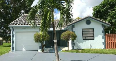 Lake Worth, Lakeworth Single Family Home For Sale: 5857 Strawberry Lakes Circle