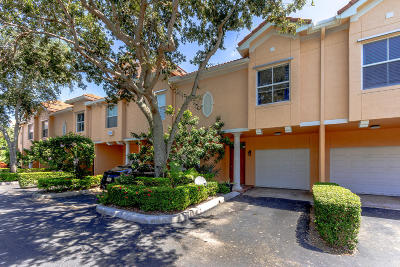 Delray Beach Townhouse For Sale: 2030 Alta Meadows Lane #1207