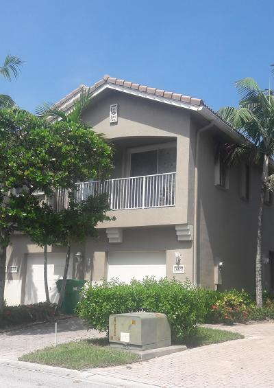 Palm Beach County Condo For Sale: 3229 Laurel Ridge Circle