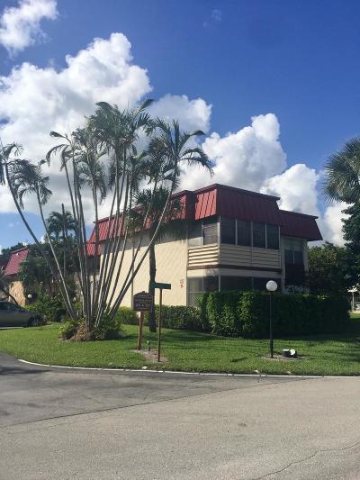 Royal Palm Beach Condo For Sale: 12027 S Greenway Circle #101