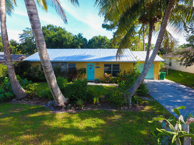 Fort Pierce Single Family Home For Sale: 7604 Coquina Avenue