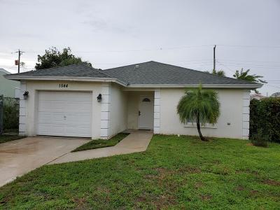 Palm Beach County Single Family Home For Sale: 1544 W 16th Street