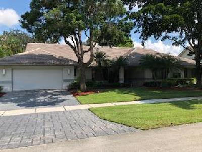 Boca Raton Single Family Home For Sale: 4429 Woodfield Boulevard