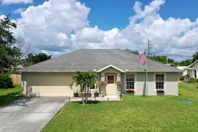 Port Saint Lucie Single Family Home For Sale: 1726 SE Duma Terrace