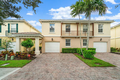 Palm Beach Gardens Townhouse For Sale: 248 Fortuna Drive