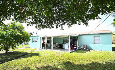 West Palm Beach Single Family Home For Sale: 732 Troy Boulevard