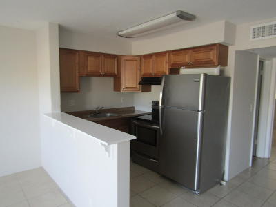 Boca Raton FL Rental For Rent: $1,250