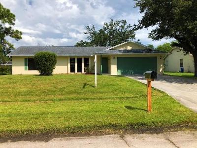 Port Saint Lucie Single Family Home For Sale: 1673 SE Pleasantview Street