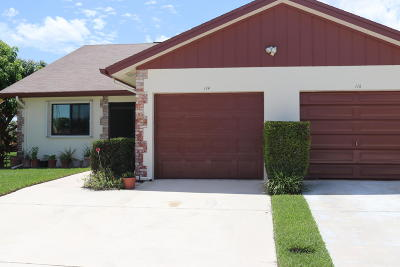Jupiter Townhouse For Sale: 114 Moccasin Trail S